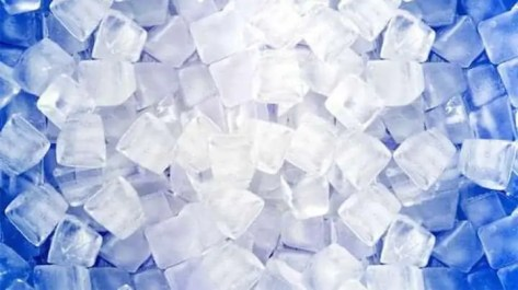 ice cubes making