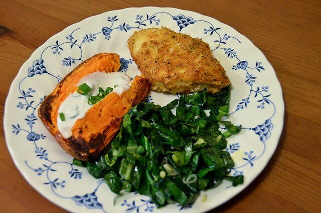 bake a sweet potato in the microwave