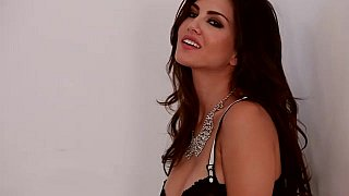 Sunny Leone spreading in lingerie image