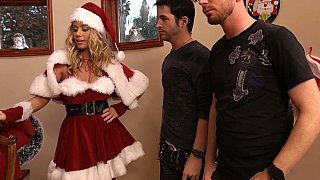 Image: Sexy blonde Nicole Aniston is all Santa'd out in red