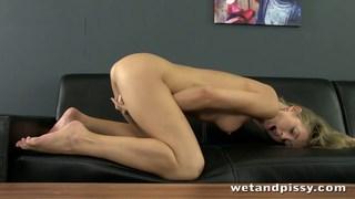 Teen girl orgasms while peeing image