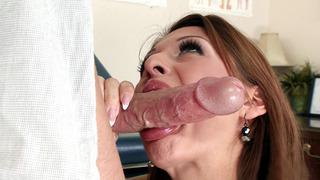 Alison Star wraps her sexy lips around the boner image