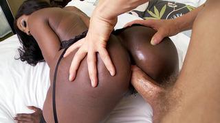 Black_mom_Diamond_Jackson_anal_fucked_doggy_style image