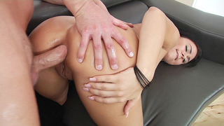 Mia Pearl_endures_brutal butt fucking until her rectum gapes image