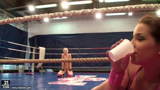 Angel Rivas and Niky Gold fighting to dominate in the backstage fighting clip image