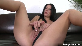 Klaudia Hot in First Facial On Cam! image