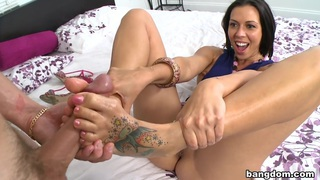 Working Her Sexy Toes_Feat. Rachel Starr image