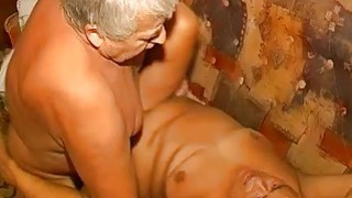 OmaPass_Granny_and_Grandpa_is_enjoying_sex image