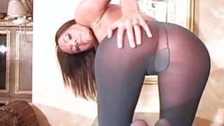 Image: Minx in sexy pantyhose feels severe vagina itching