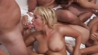 Squirt Orgasm on swinger_party image