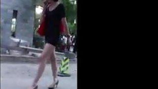 Image: Great Legs In High_Heels In Public