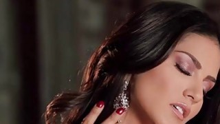 Image: Sunny Leone offers a world class performance in this scene