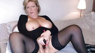 Busty mature masturbates and squirts in Sybiljoh46 webchat image