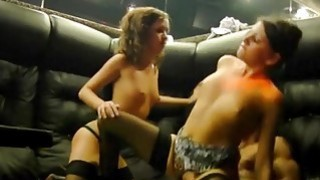 Image: Sexy college girls in threesome fuck
