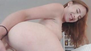 Sexy Amateur Babe_Masturbating on Cam image