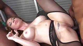 Kiki Daire HD Porn Videos image