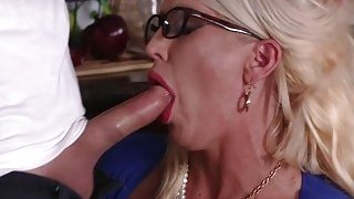 Dolly and Alura enjoyed a 3some in the kitchen image