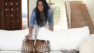 MILF Diamond Kitty joins stepdaughter Ada Sanchez and BF into threesome image