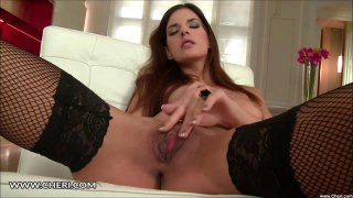 Candice Luca Plays With Her Pussy Clit image