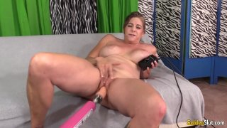 Screaming_granny_Jade_Blissette_loves_our_machine_pounding_her_furry_pussy image