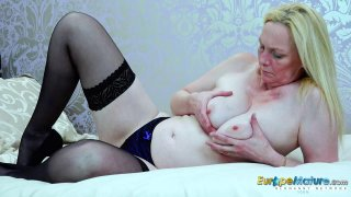 EuropeMaturE Blonde Suzie_Solo Toys Masturbation image