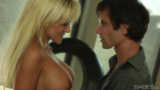 Busted blonde London Reagan seduces and gives a blowjob image