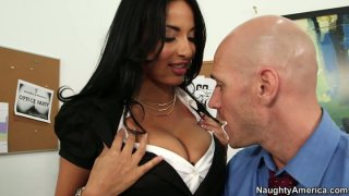 Kinky brunette Anissa Kate is pro in seducing a man image