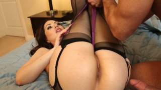 Petite and flexible chick Sarah Shevon pulls her legs up to get cunnilingus image