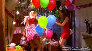 Image: A birthday party with Capri Anderson, Heather Carolin, Jana Jordan and Jayme Langford grows into a dirty games