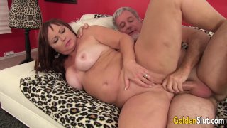 Image: Chubby and Mature Isabelle Love Gets Her Pussy Licked and Fucked