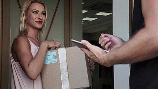 Cherry Kiss gets the fuck from a delivery guy image