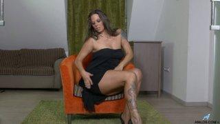 Temptress Simony Diamond is finger fucking pussy_spreading legs wide open image