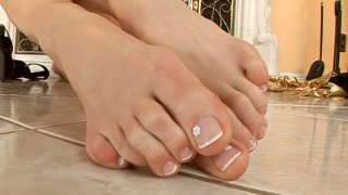 Image: Lepidoptera demonstrates her neat feet and sucks her toes