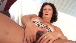 Milf Alma misses hot pounding and teses her pussy in solo image