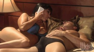Veronica Rayne blows dick of her lover after talking to her husband on the phone image