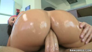 Sloppy blowjob and anal pounding by bootyful Jada Stevens image