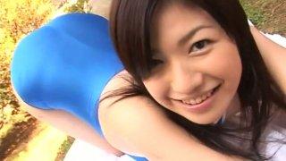Well shaped Japanese girl Chieri Taneda outdoor image