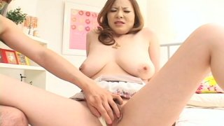 Bosomy snow white Japanese gal Kumi Mizusawa gets fingered image