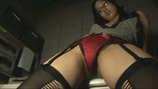 Image: Steamy Japanese chick Tres_Bien poses on cam demonstrating her body