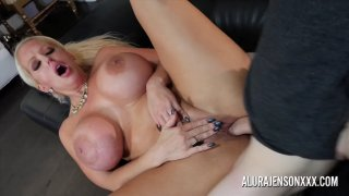 Cougar Alura Jenson is out to Hunt for D! image
