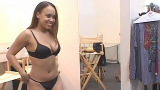 Plumpy model in black_bikini showing her nude_body image