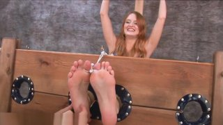 CZ HD - Gab1na_Feet Tickle 3 image
