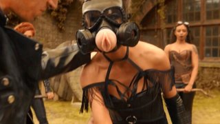 Scene of the Week: Post-Apocalyptic_Porn ThunderDome image