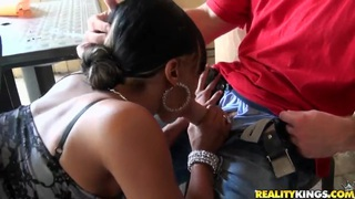 Busty_Alexa_Miliani_shows_her_perfect_butt_and_wants_to_be_drilled image
