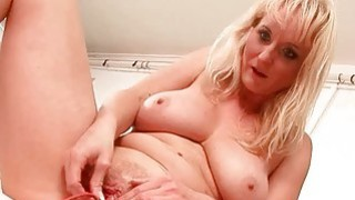 Image: Amateur_pissing_threesome_video
