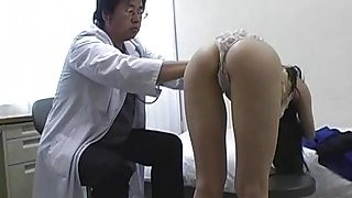 Subtitles Japanese schoolgirls_group medical_exam image