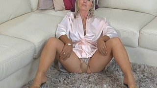 Solo MILF in the living room image