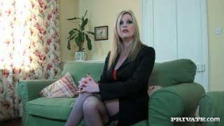 Sexy_blond_milf_Holly_Kiss_working_with_her_mouth image
