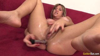 Mature Skyler Haven Shows Off Her Tempting Body and Orgasms_with Sex Toys image