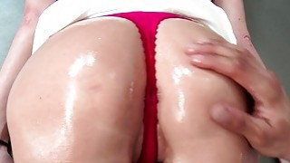 Brazzers Silvia_saige gets her ass oiled_up image